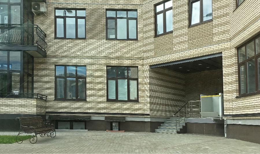 Микрорайон ЖК Солнечный, Троицкий бульвар, дом 5, квартира 124, вид подъезда