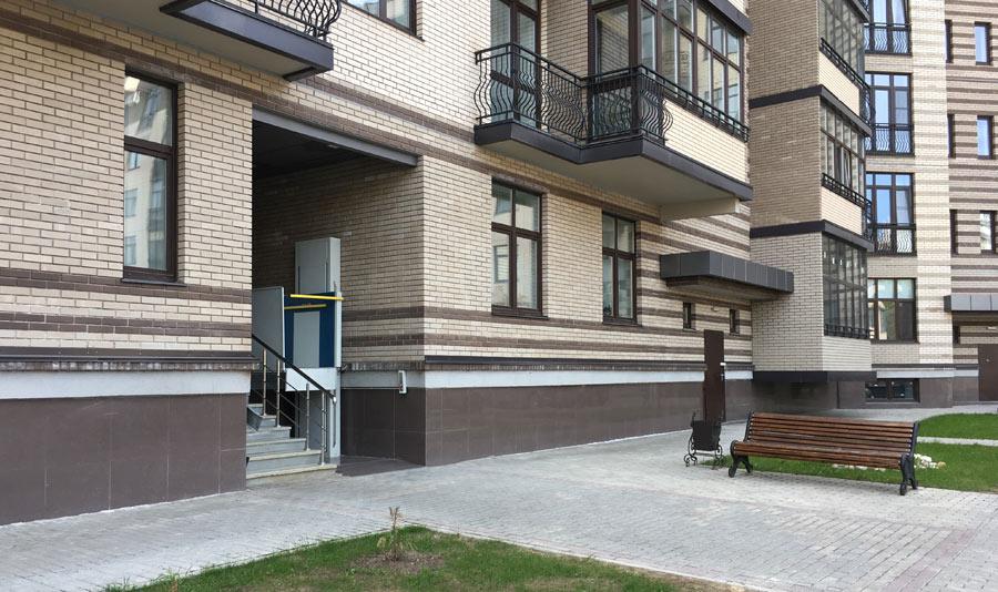 Микрорайон ЖК Солнечный, Троицкий бульвар, дом 5, квартира 25, вид подъезда