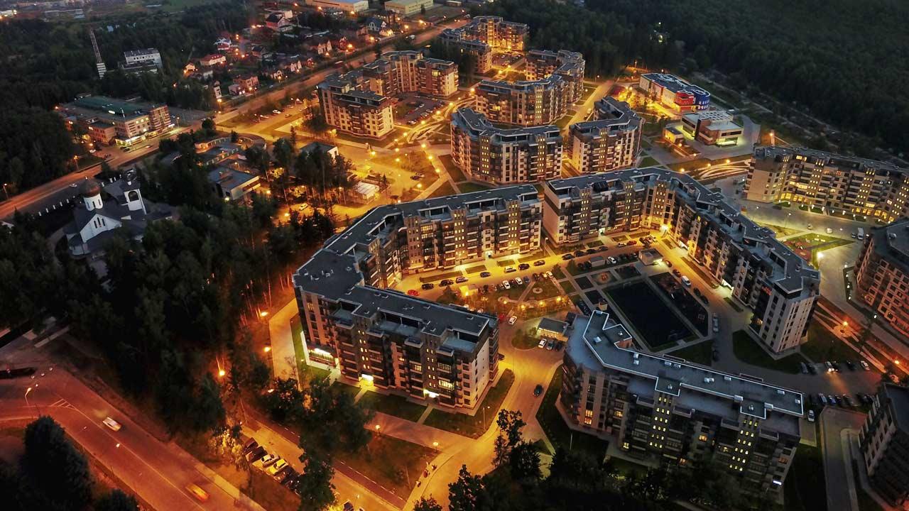 Ночной вид Микрорайона Солнечный в Троицке Москва
